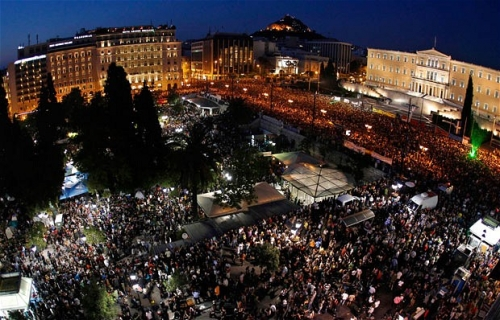 Defiant statement by indignant following Syntagma eviction