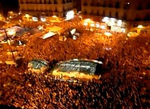 From #Spanish to #GlobalrEvolution